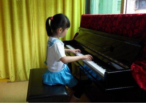 钢琴挺贵的想知道一年四季该怎么保养