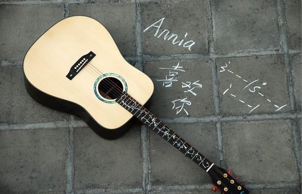 怎么减轻民谣吉他练习时容易伤手的问题