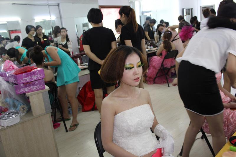 驻教育宝的化妆大师,有哪些实用的化妆技巧